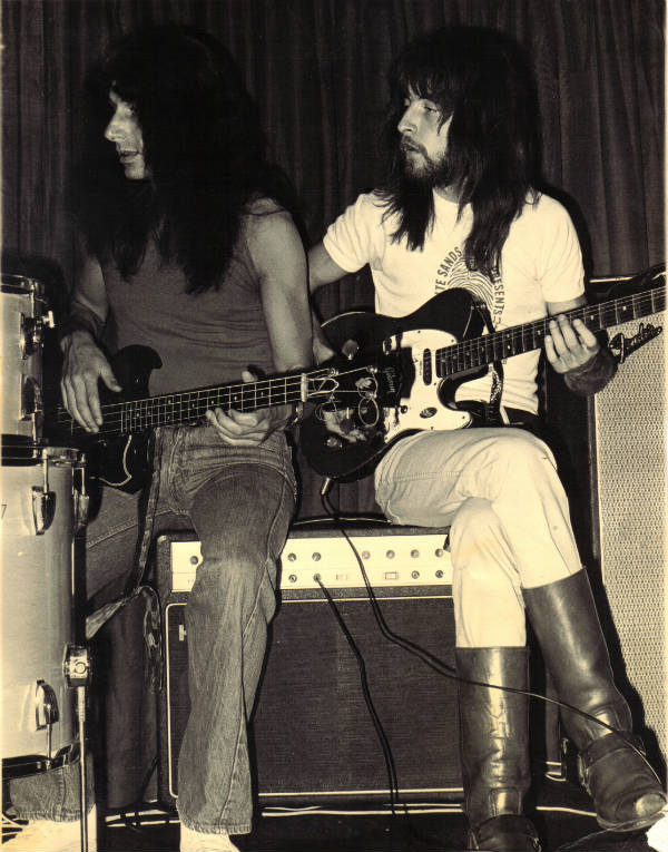 Ade & Richard Moore (1975)