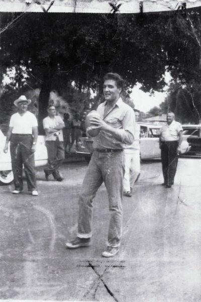 Elvis 1961