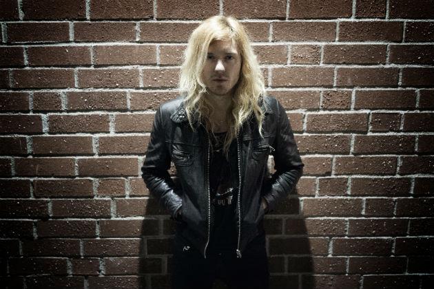 Jonas Wikstrand (drums)