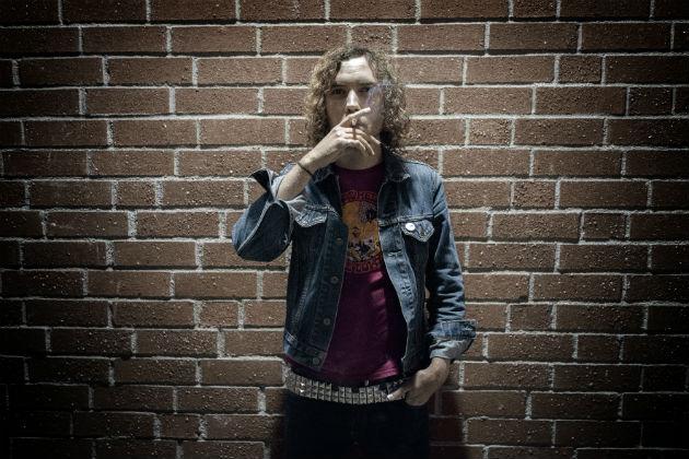 Joseph Tholl (vocals)
